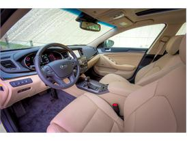 Upgraded Kia Cadenza (interior)