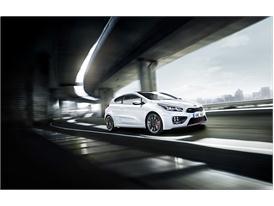 Kia pro ceed GT (front quarter driving)