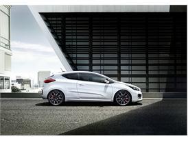 Kia pro ceed GT (side static)