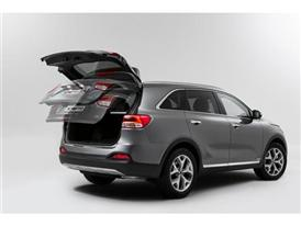 3rd Generation Kia Sorento_Europe Spec (Smart Powered Tailgate)-p
