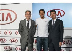 Nadal with Kia Motors Spain Managing Director Emilio Herrera (left) and President Kyung-Hyun Kim