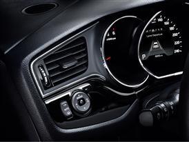 2016 Kia cee'd - interior 1