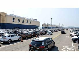 Kia cars awaiting shipment at Pyeongtaek Port 3