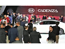 2016 NY Auto Show CADENZA PRESS EVENT