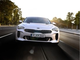 Kia Stinger GT Dynamic (3)_EU Spec