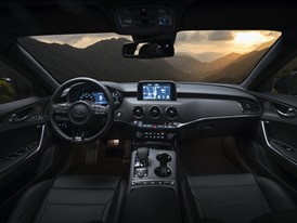 Kia Stinger GT Interior (1)_US Spec
