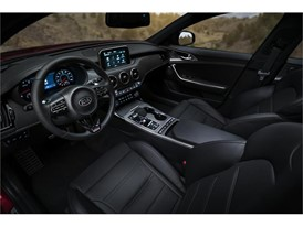 Kia Stinger GT Interior (3)_US Spec