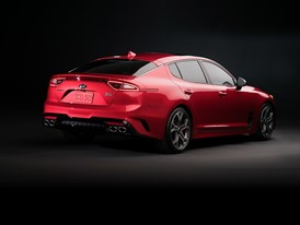 Kia Stinger GT Studio (8)_US Spec