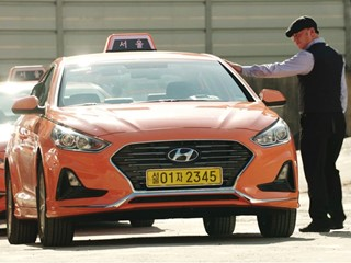 Hyundai Motor Group Reveals Life-changing Technology to Assist Hearing-impaired Drivers
