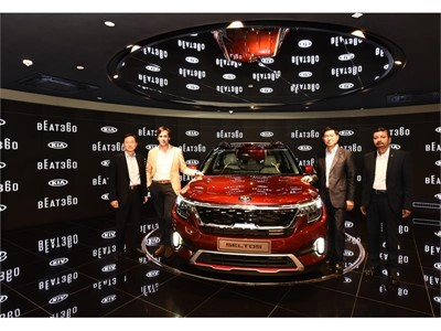 BEAT360 (L-R) - Mr. Yong S Kim, CSO & Executive Director (KMI), Mr. Artur Martins, Brand & Marketing VP (KMC), Mr. Kookh