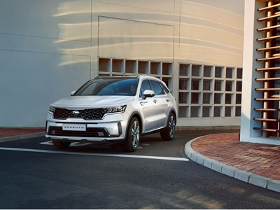 The new Kia Sorento - 3-4 Front