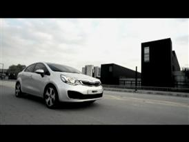 Rio Sedan 4-Door Driving Footage