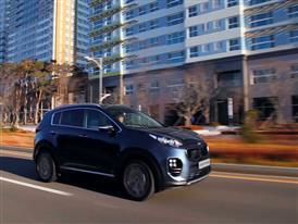 Sportage GT Line Driving 2