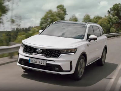 The new Kia Sorento - Driving Footage