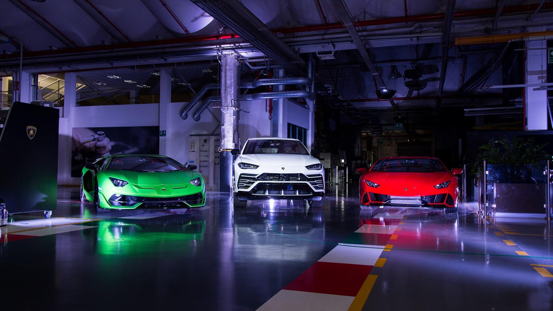 Lamborghini Christmas Drive: a holiday journey with Aventador SVJ, Huracán EVO and Urus celebrates a successful 2019 - Image 8