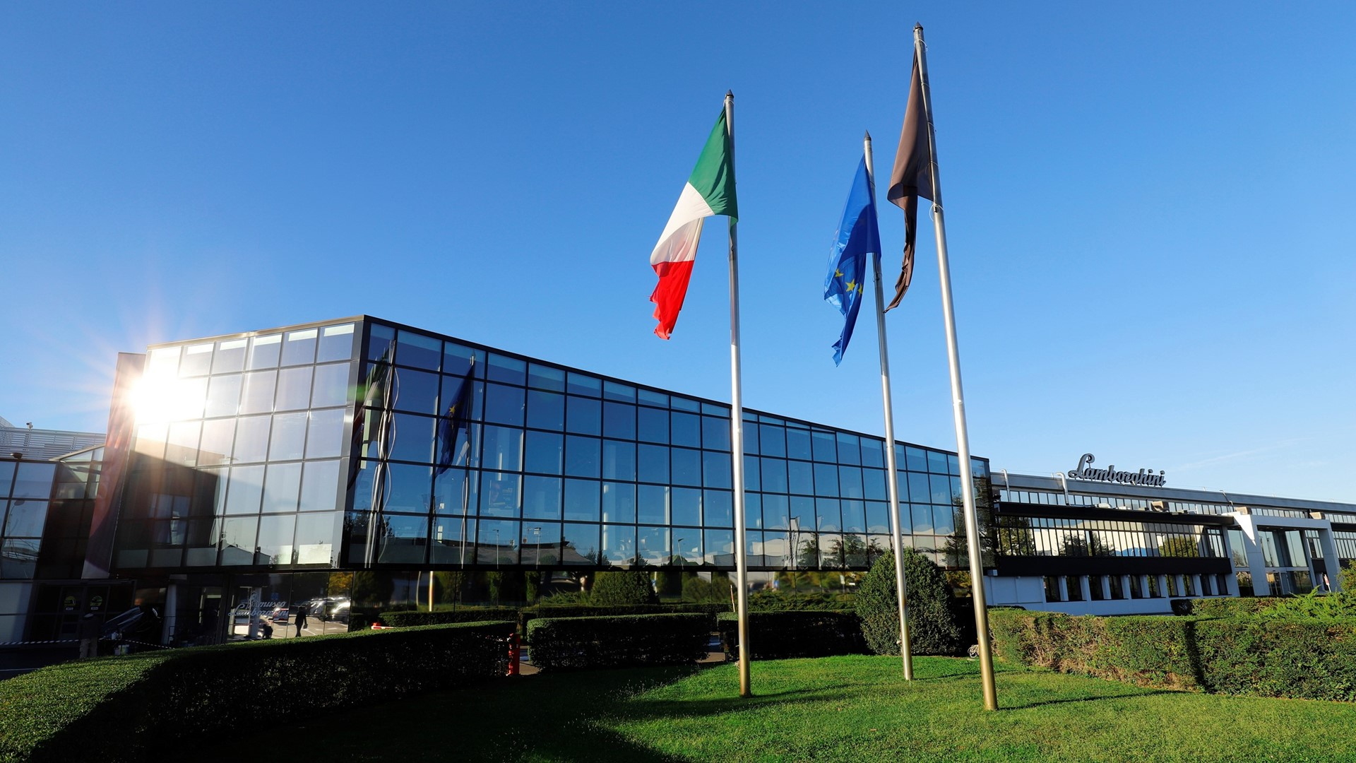 Automobili Lamborghini continues its global growth and marks new historic highs: 8,205 cars delivered in 2019 - Image 6
