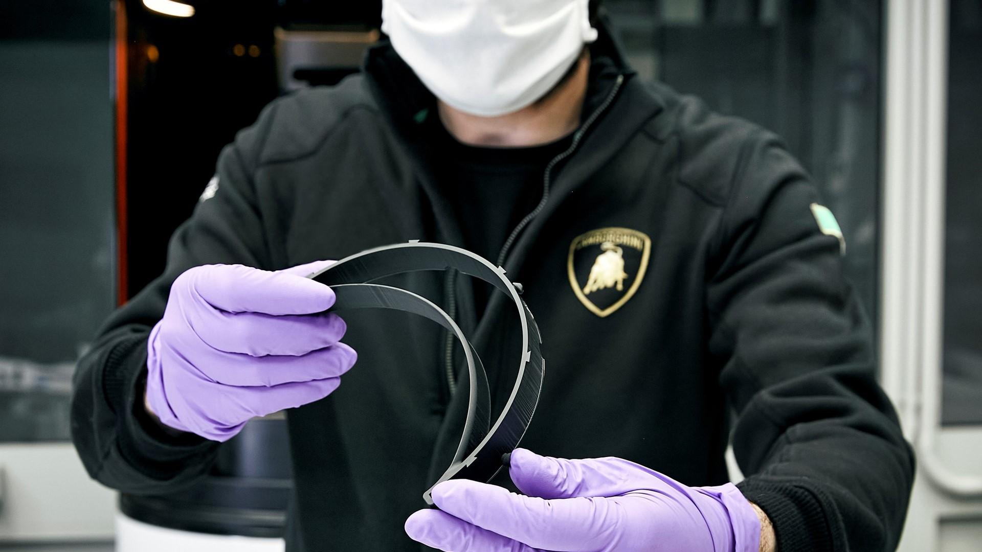Automobili Lamborghini starts production of surgical masks and medical shields for use in Coronavirus pandemic - Image 3