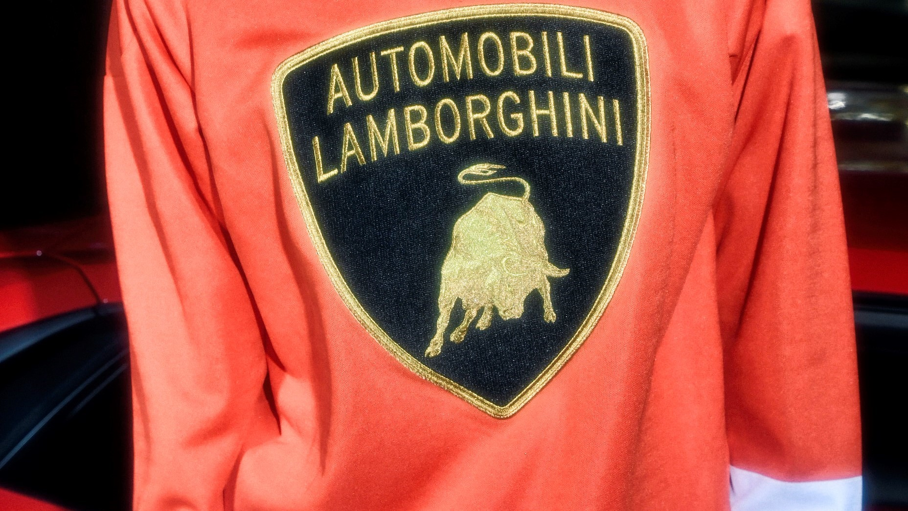 Automobili Lamborghini and Supreme come together on a new collection for Spring-Summer 2020 - Image 6