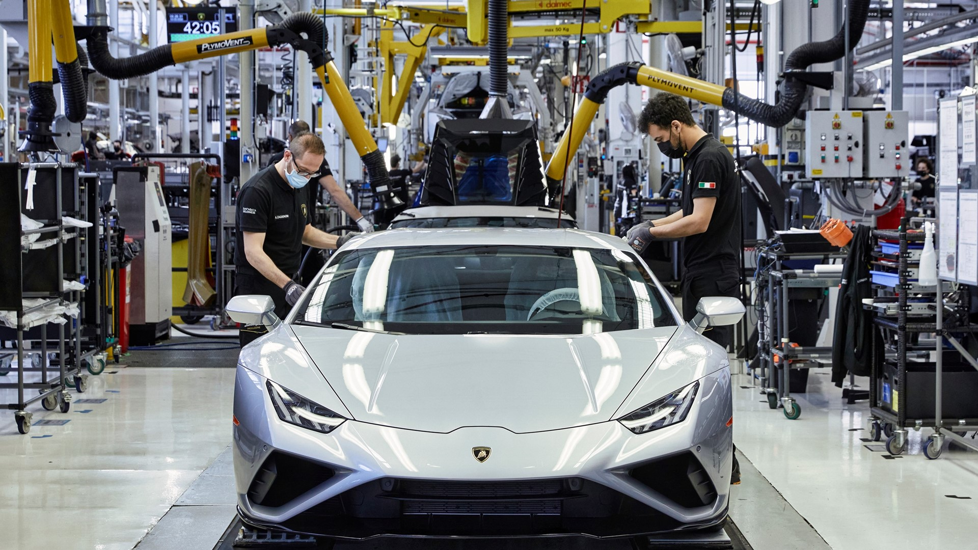 Automobili Lamborghini prepares to restart production on May 4 with people-safety foremost - Image 4