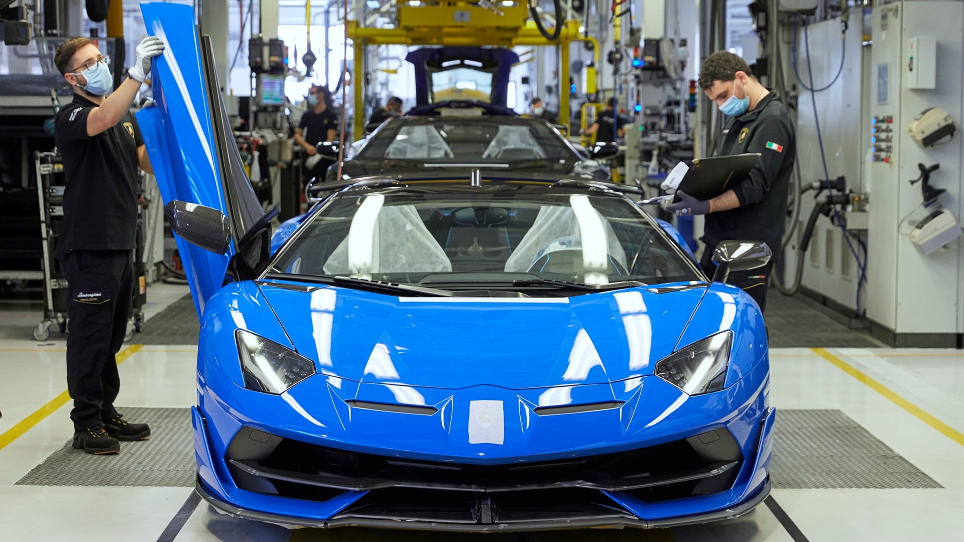 Automobili Lamborghini prepares to restart production on May 4 with people-safety foremost - Image 3