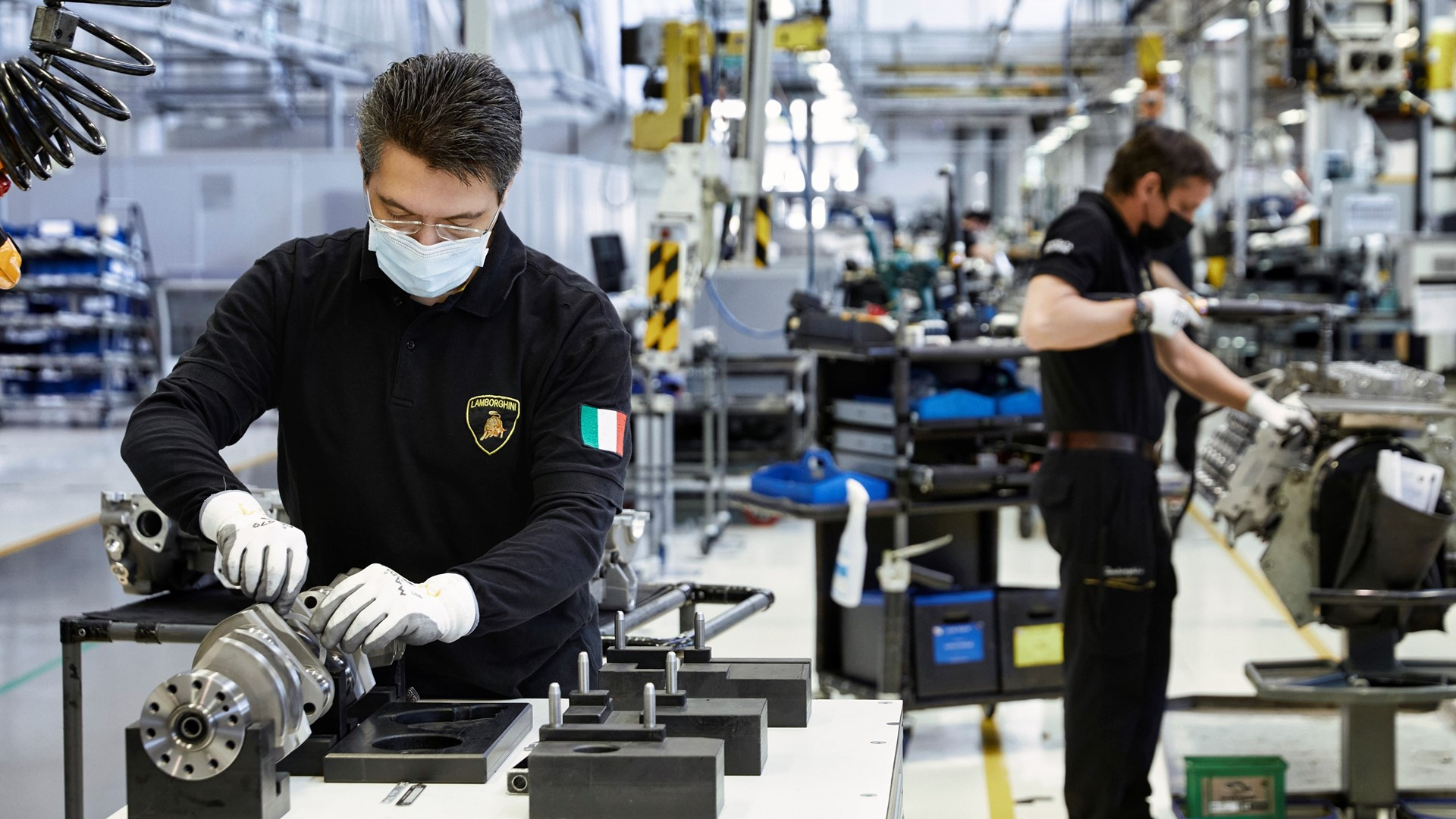 Automobili Lamborghini prepares to restart production on May 4 with people-safety foremost - Image 1