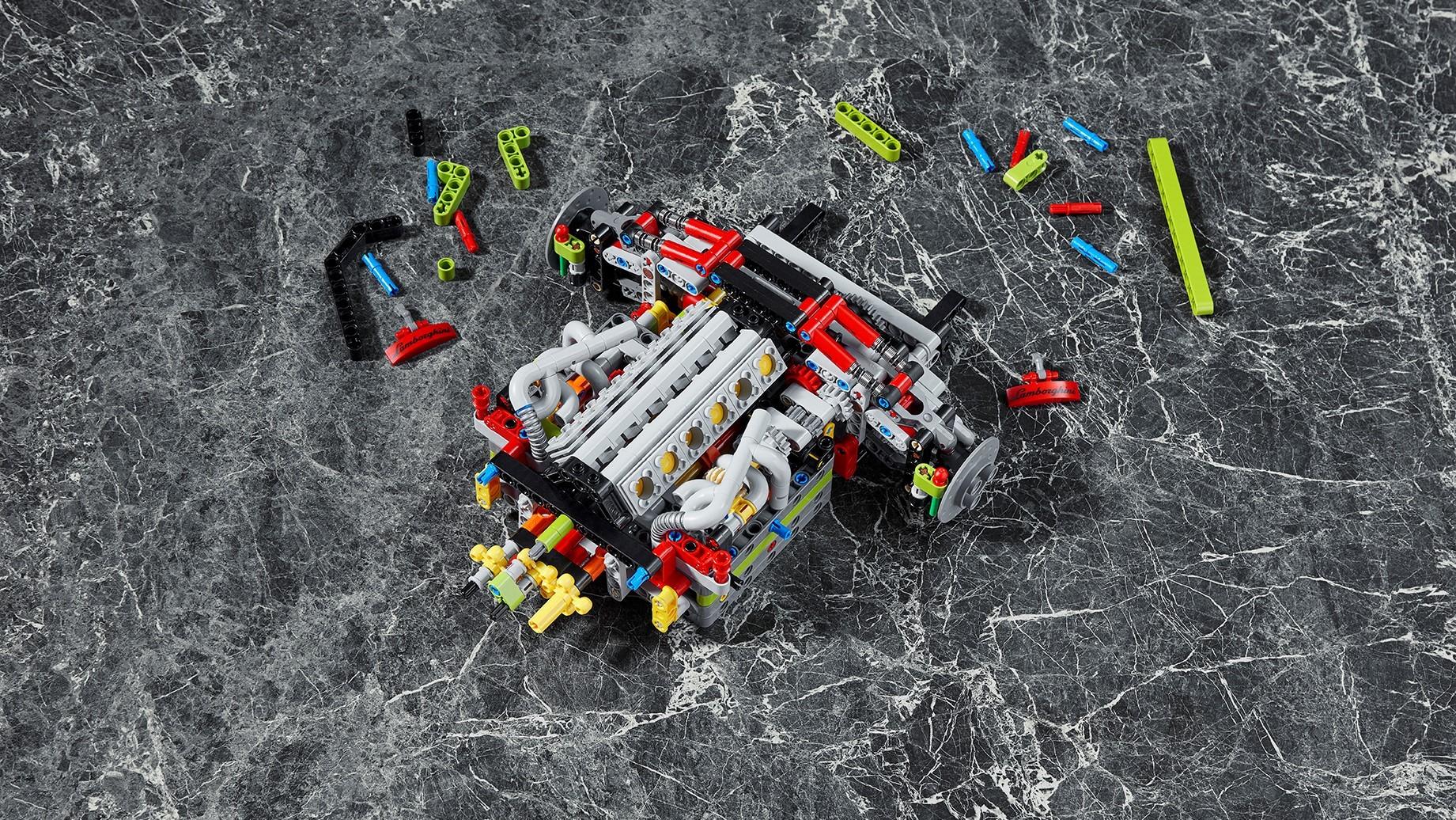 Automobili Lamborghini and the LEGO Group recreate the Lamborghini Sián FKP 37: the most powerful Lamborghini produced, in LEGO® Technic™ - Image 2