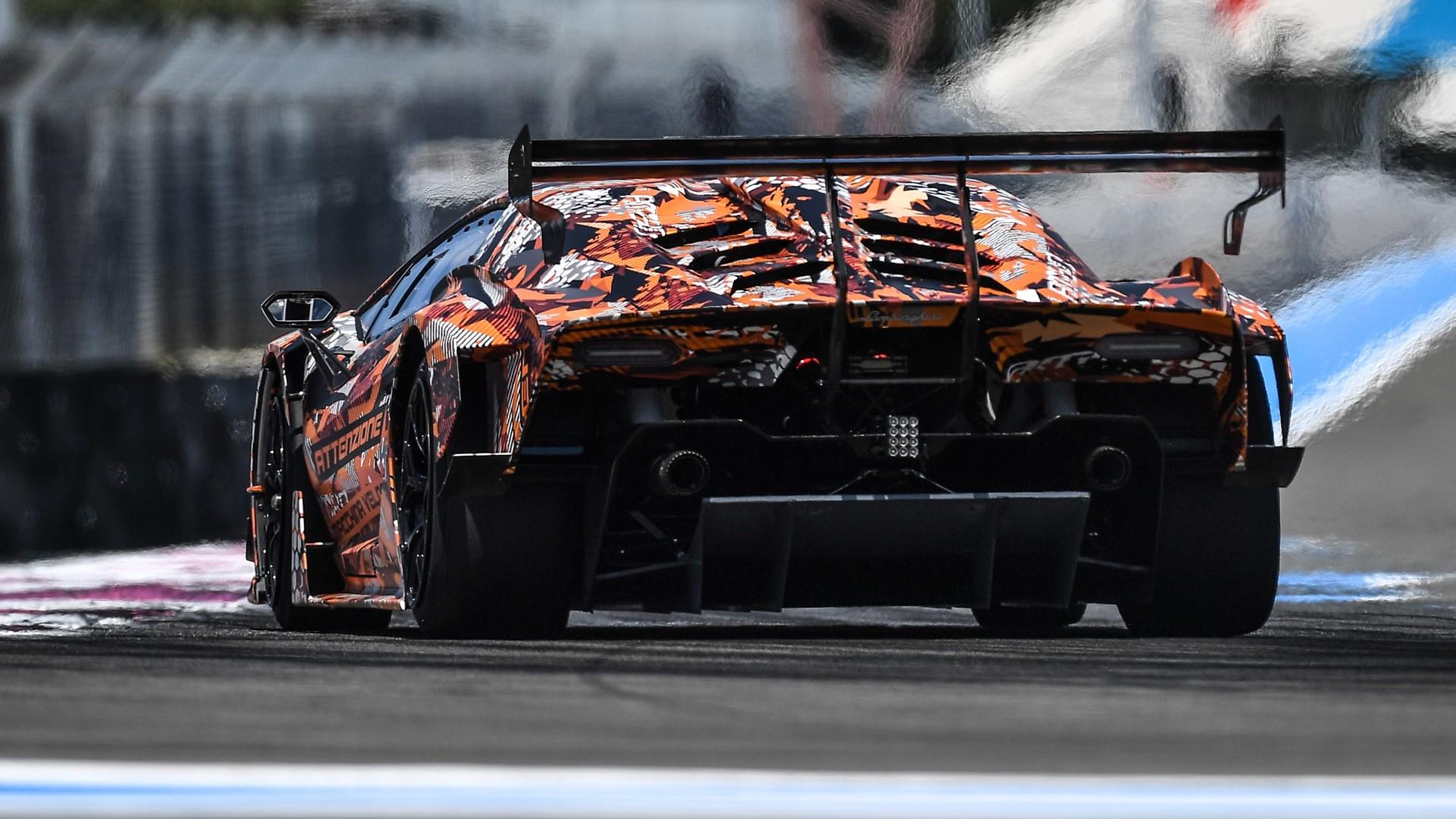 Lamborghini SCV12: Squadra Corse hypercar ready to hit the track - Image 4