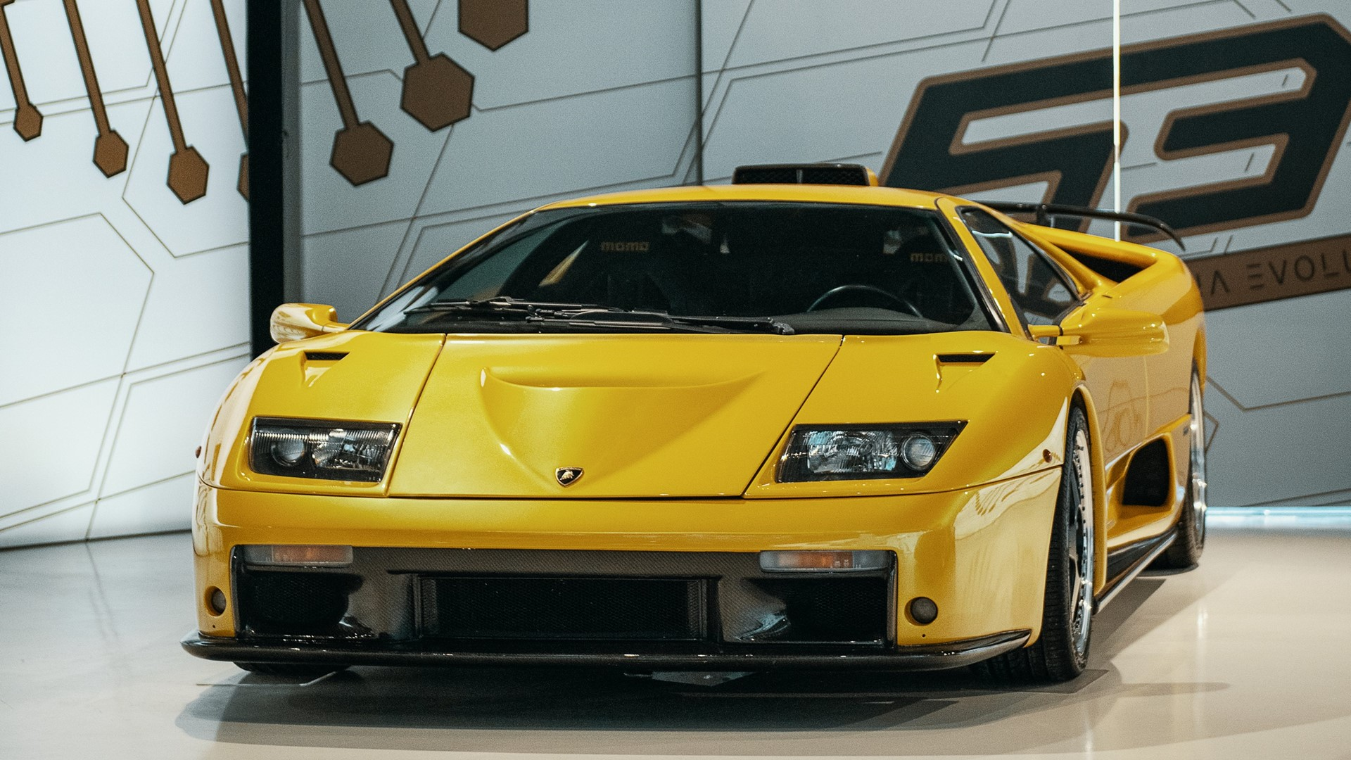 The Lamborghini Museum reopens its doors to the public The new Sián Roadster on display until 12 July - Image 5