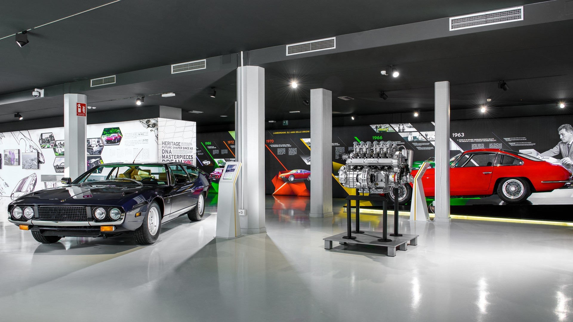 The Lamborghini Museum reopens its doors to the public The new Sián Roadster on display until 12 July - Image 6