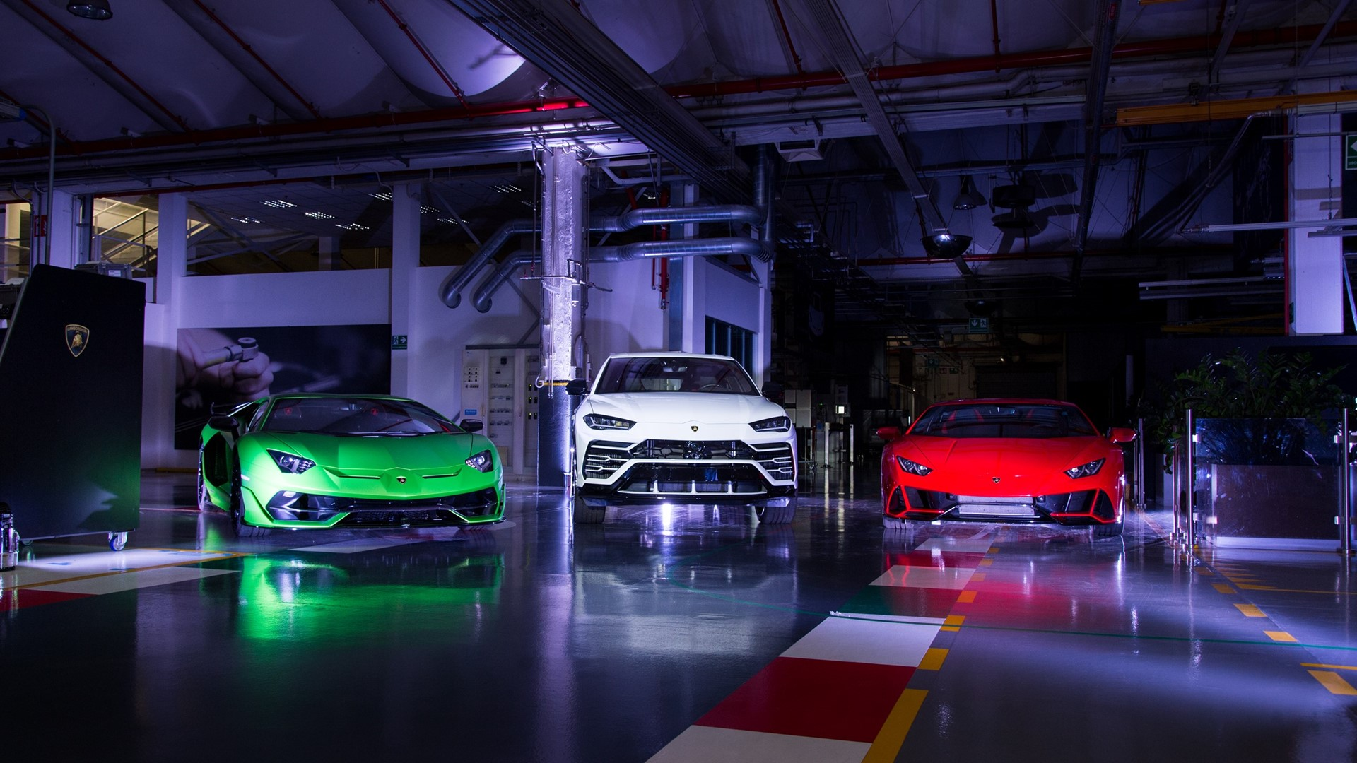 """Automobili Lamborghini launches project: """"With Italy, For Italy"""" 20 Italian photographers for 20 regions, plus a cameo by Letizia Battaglia for Palermo, in support of Italy - Image 1"""