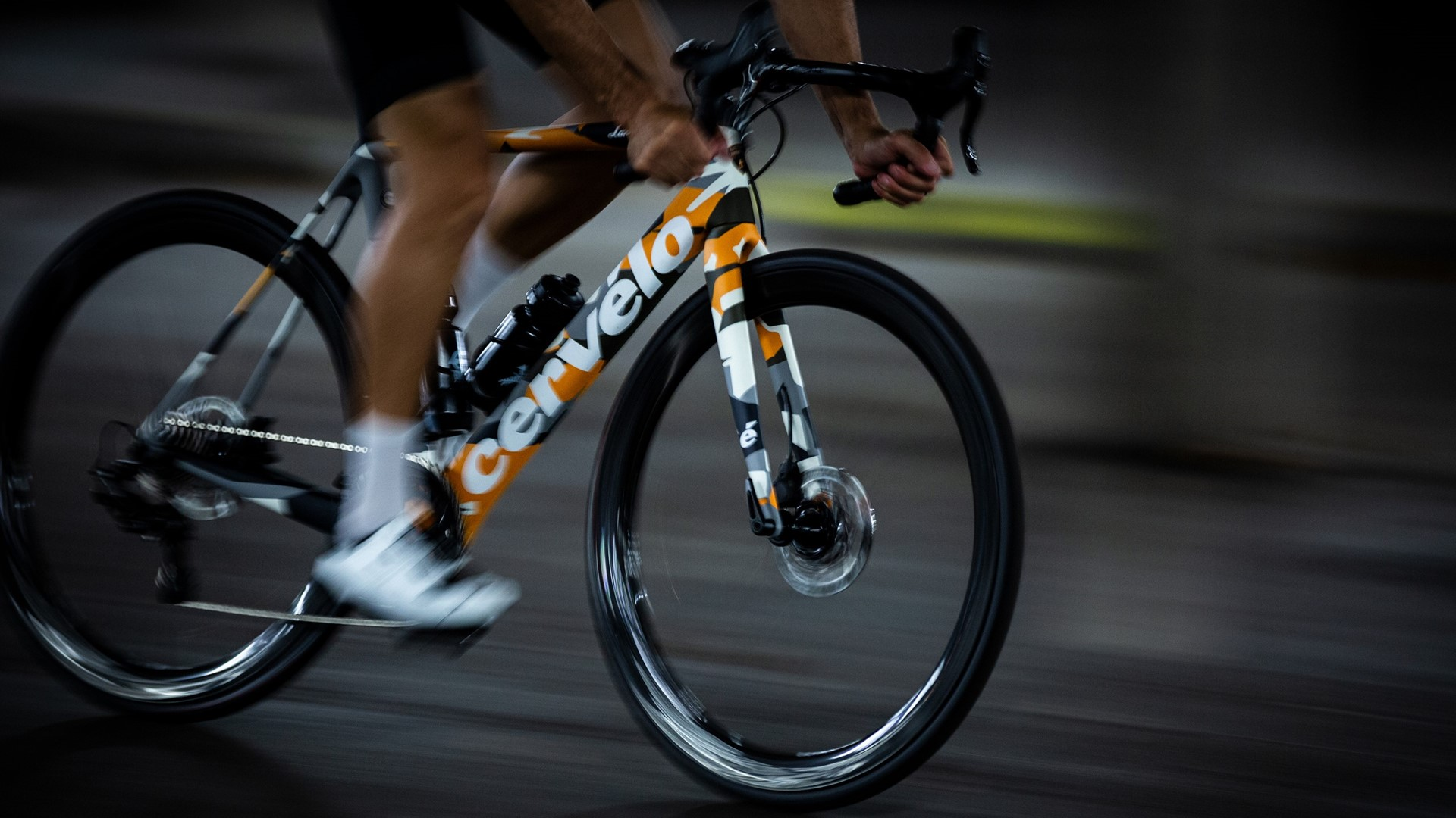 Automobili Lamborghini and Cervélo present the new R5 bicycle in a limited edition - Image 4