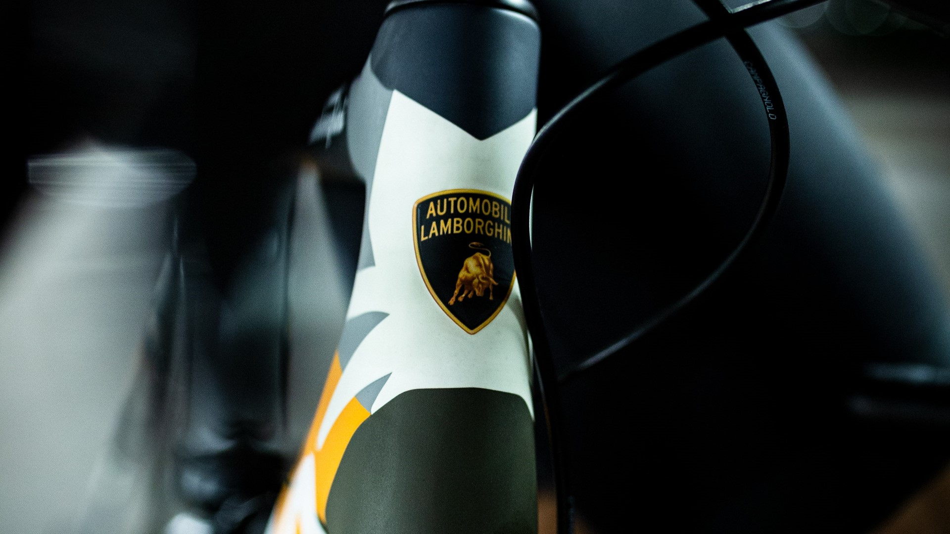 Automobili Lamborghini and Cervélo present the new R5 bicycle in a limited edition - Image 2