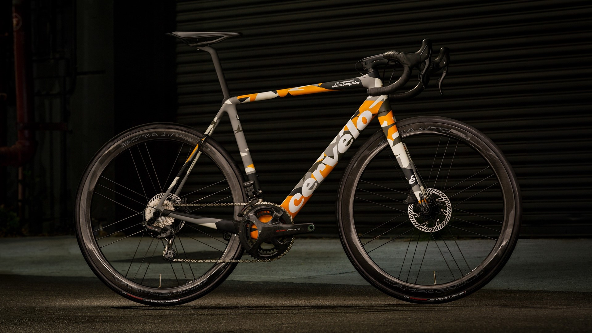 Automobili Lamborghini and Cervélo present the new R5 bicycle in a limited edition - Image 8
