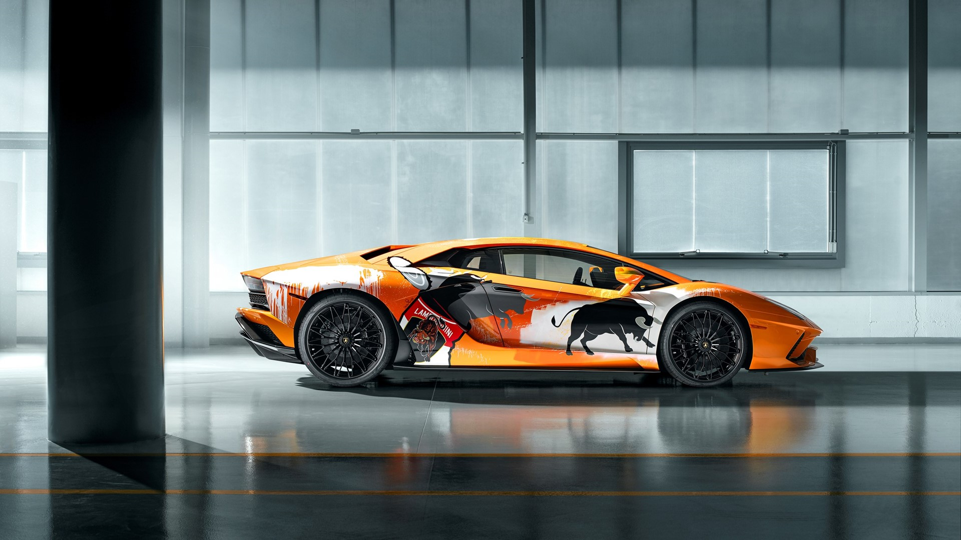 New production record: Automobili Lamborghini celebrates the 10,000th Aventador - Image 1