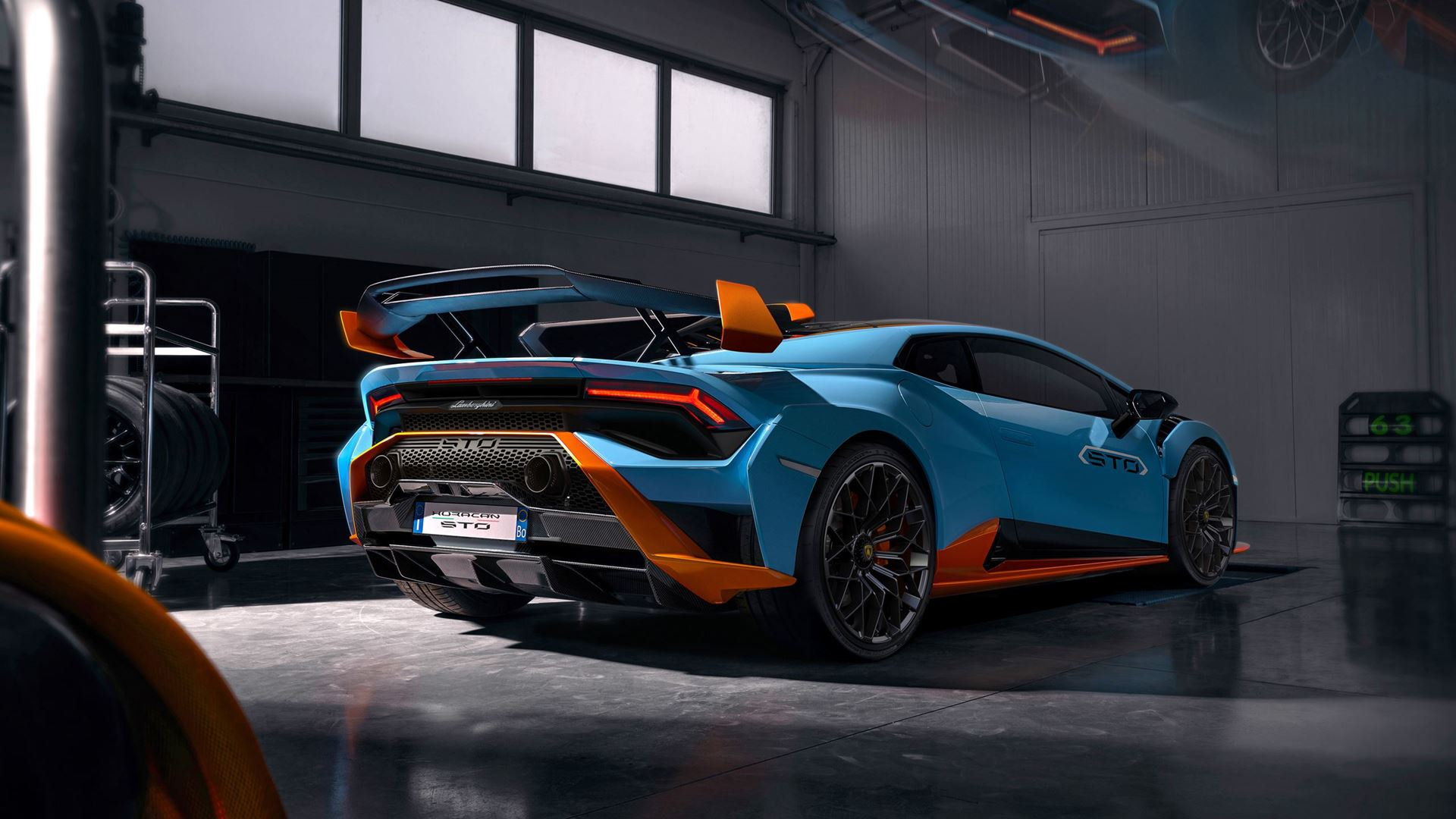 Racetrack to road: the new Lamborghini Huracán STO - Image 5