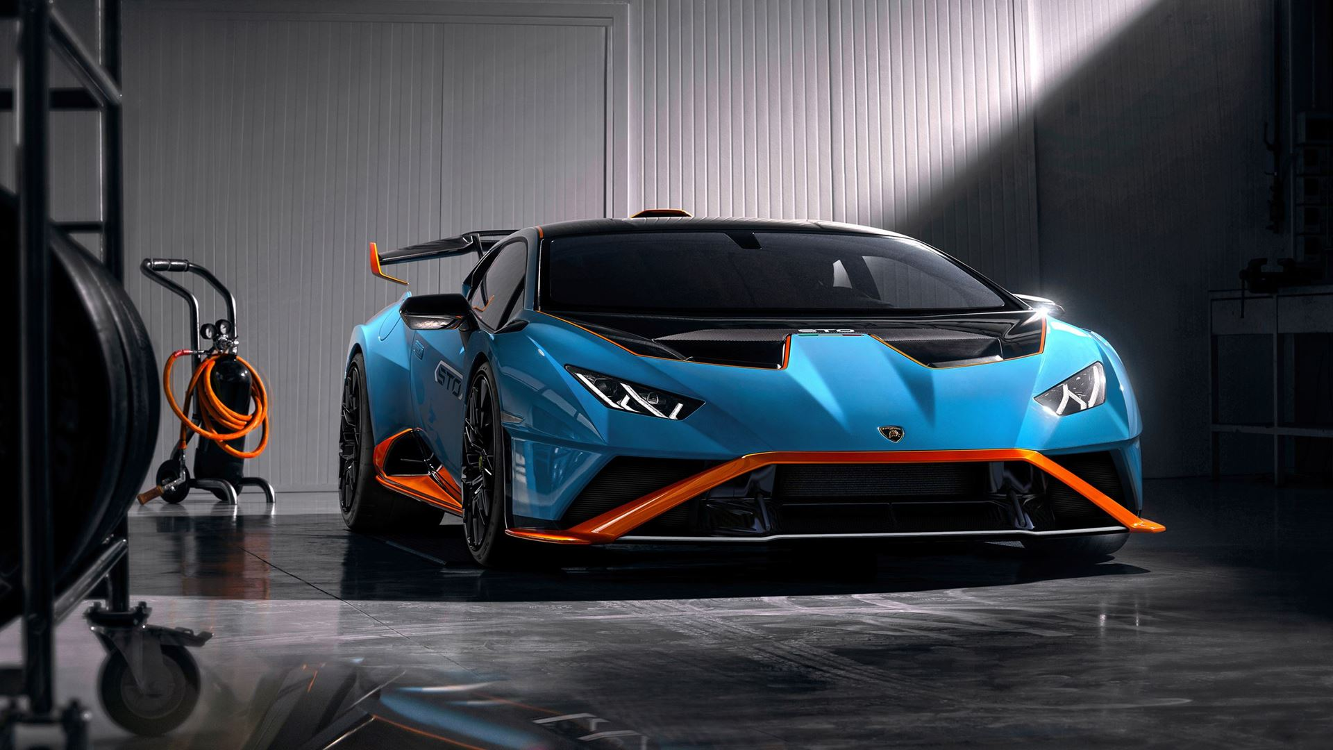 Racetrack to road: the new Lamborghini Huracán STO - Image 7