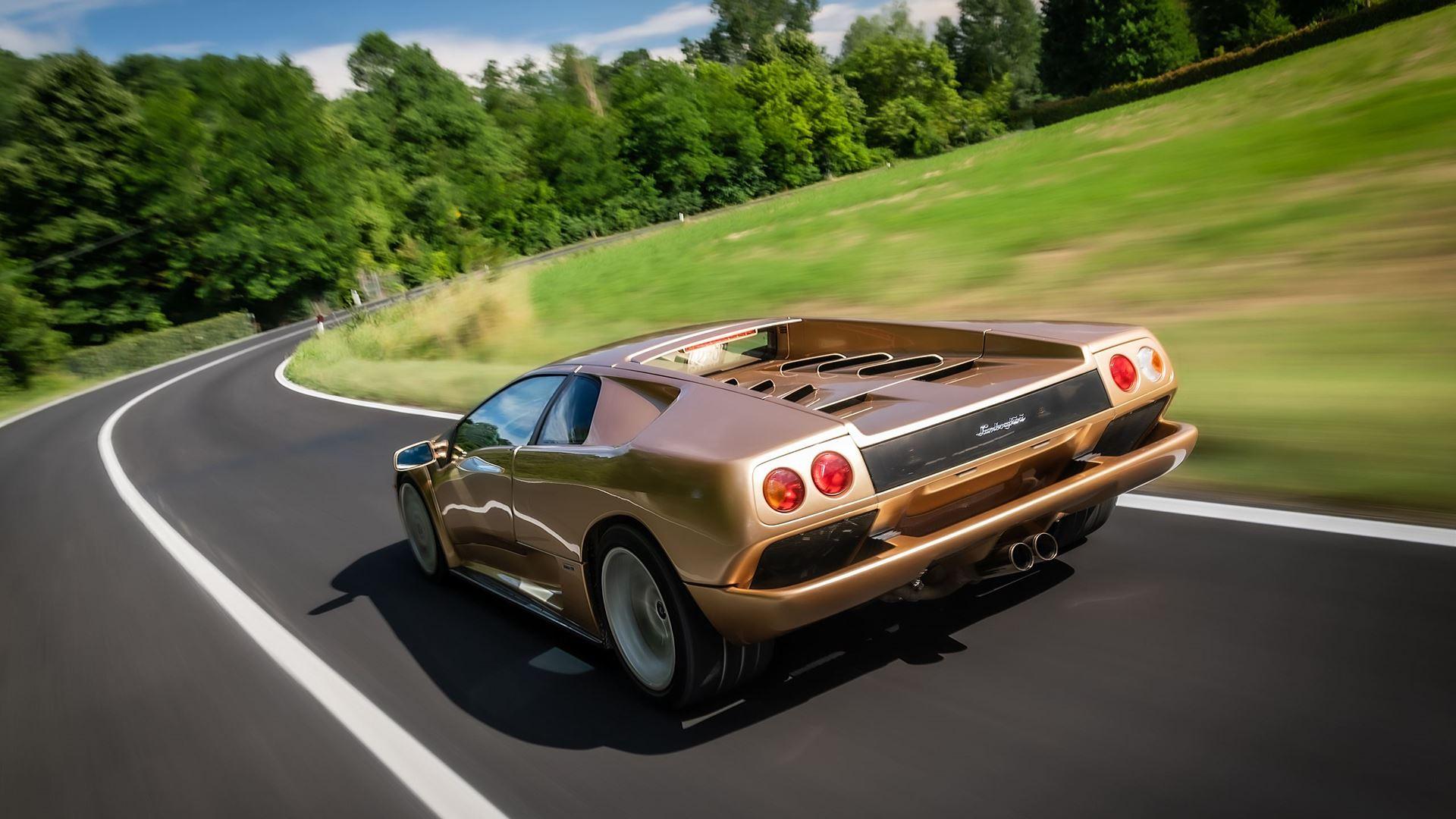 Lamborghini celebrates the 30th Anniversary of the Diablo - Image 5