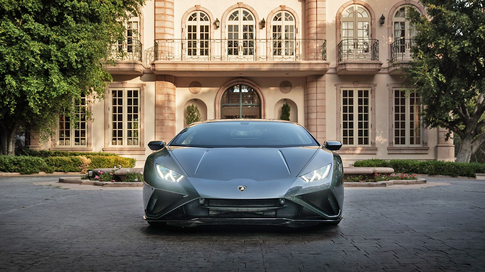 Automobili Lamborghini and Lady Gaga team up for charity sweepstake to support communities disproportionately impacted by the pandemic - Image 3