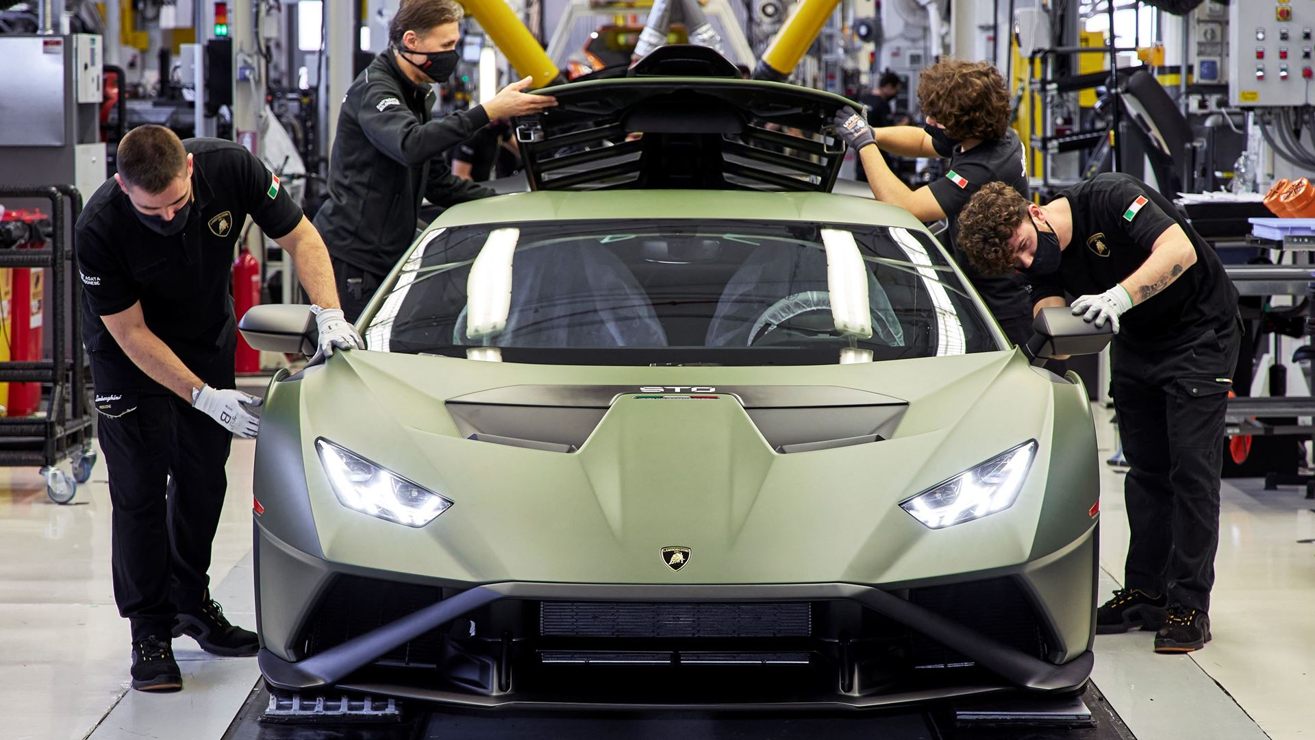 #Focu5on: Five surprising facts about the new Lamborghini Huracán STO - Image 2