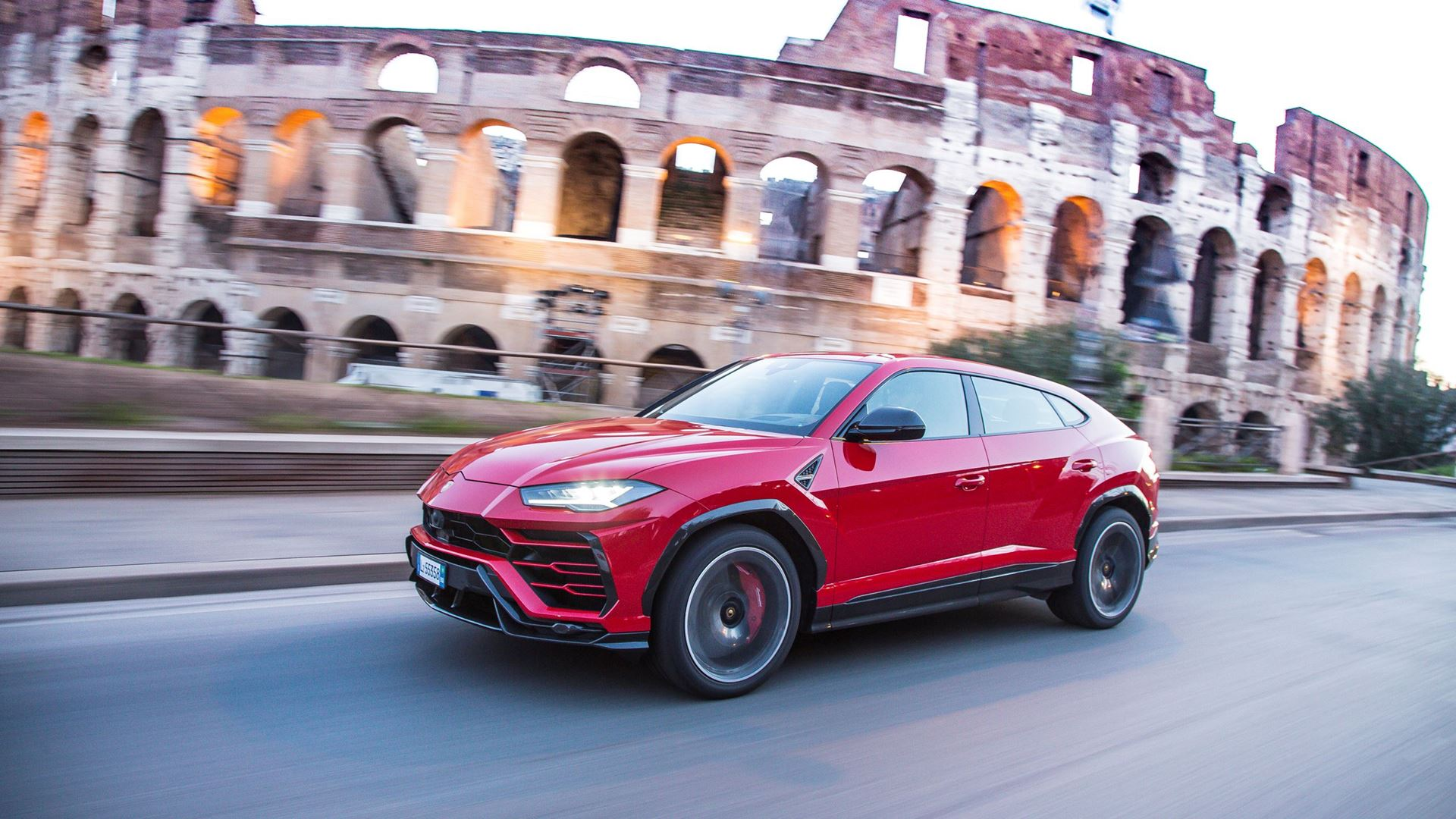 Lamborghini Urus: 6 driving modes to enjoy the Super SUV in 6 different ways - Image 7