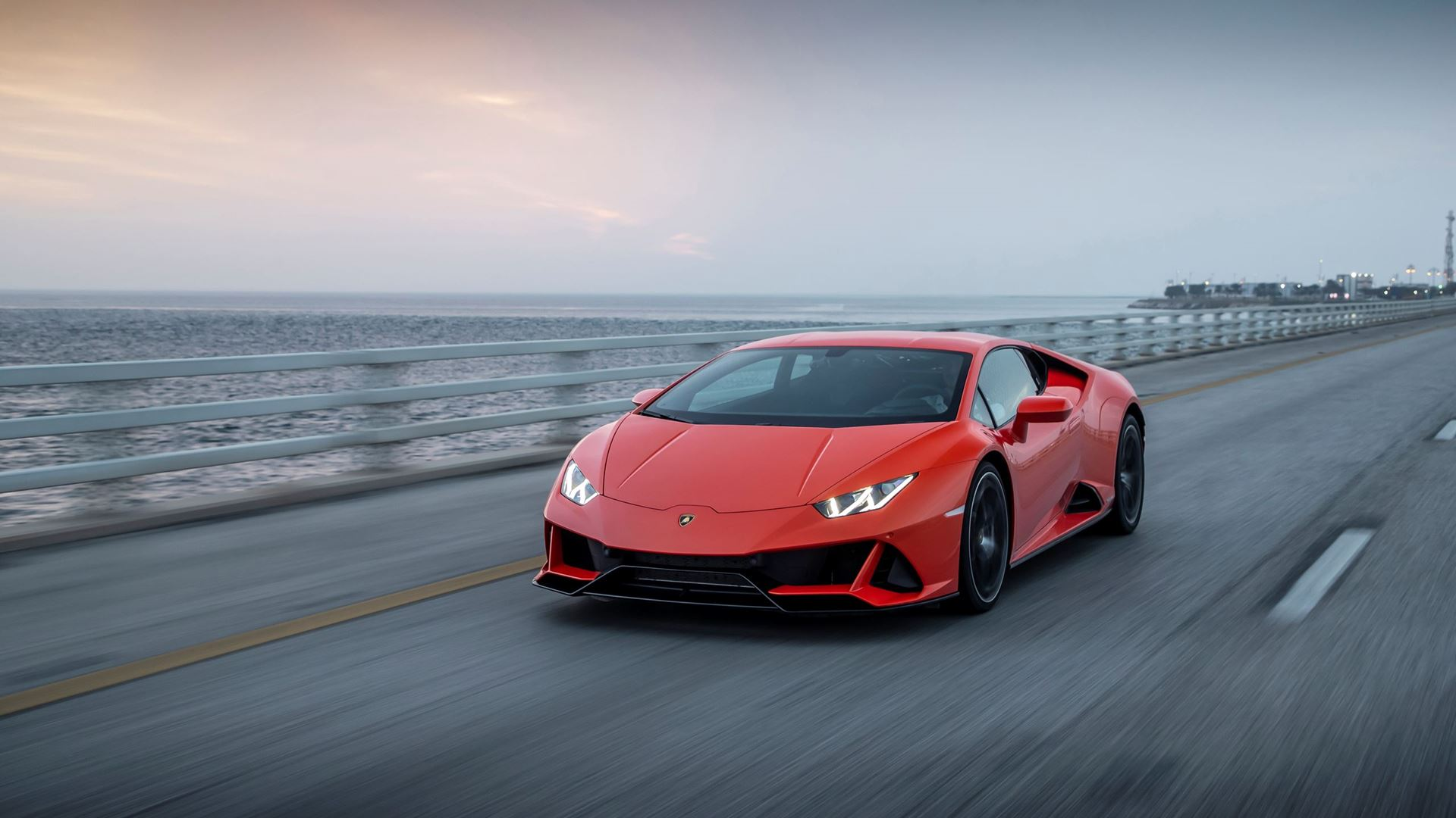 New suite of connected services for the Lamborghini Huracán EVO range: Automobili Lamborghini is first to incorporate comprehensive in-car control by Amazon Alexa - Image 3