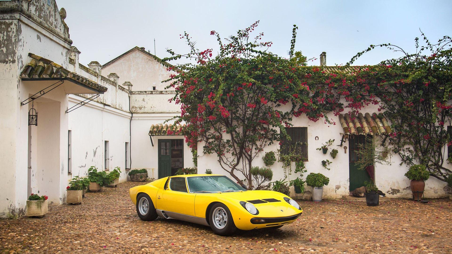 Lamborghini Miura SV turns 50 in 2021 - Image 2