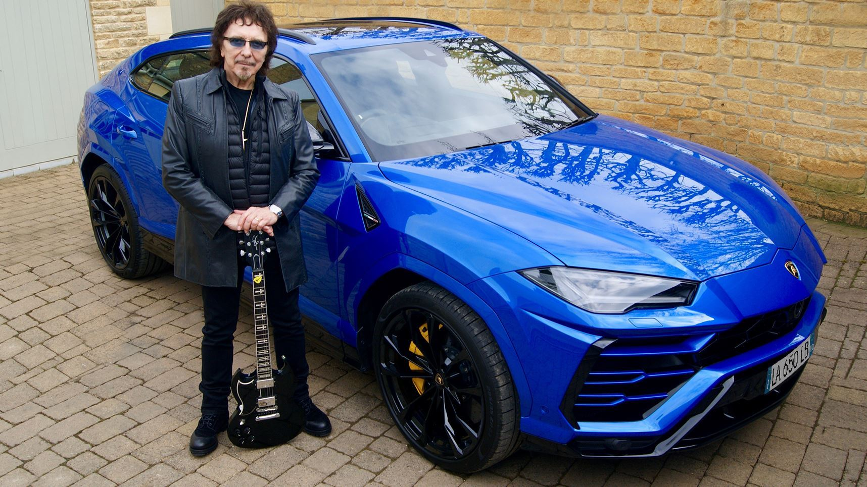 The link between Black Sabbath and Automobili Lamborghini: Rock legend Tony Iommi shares his passion for super sports cars from Sant'Agata Bolognese - Image 4