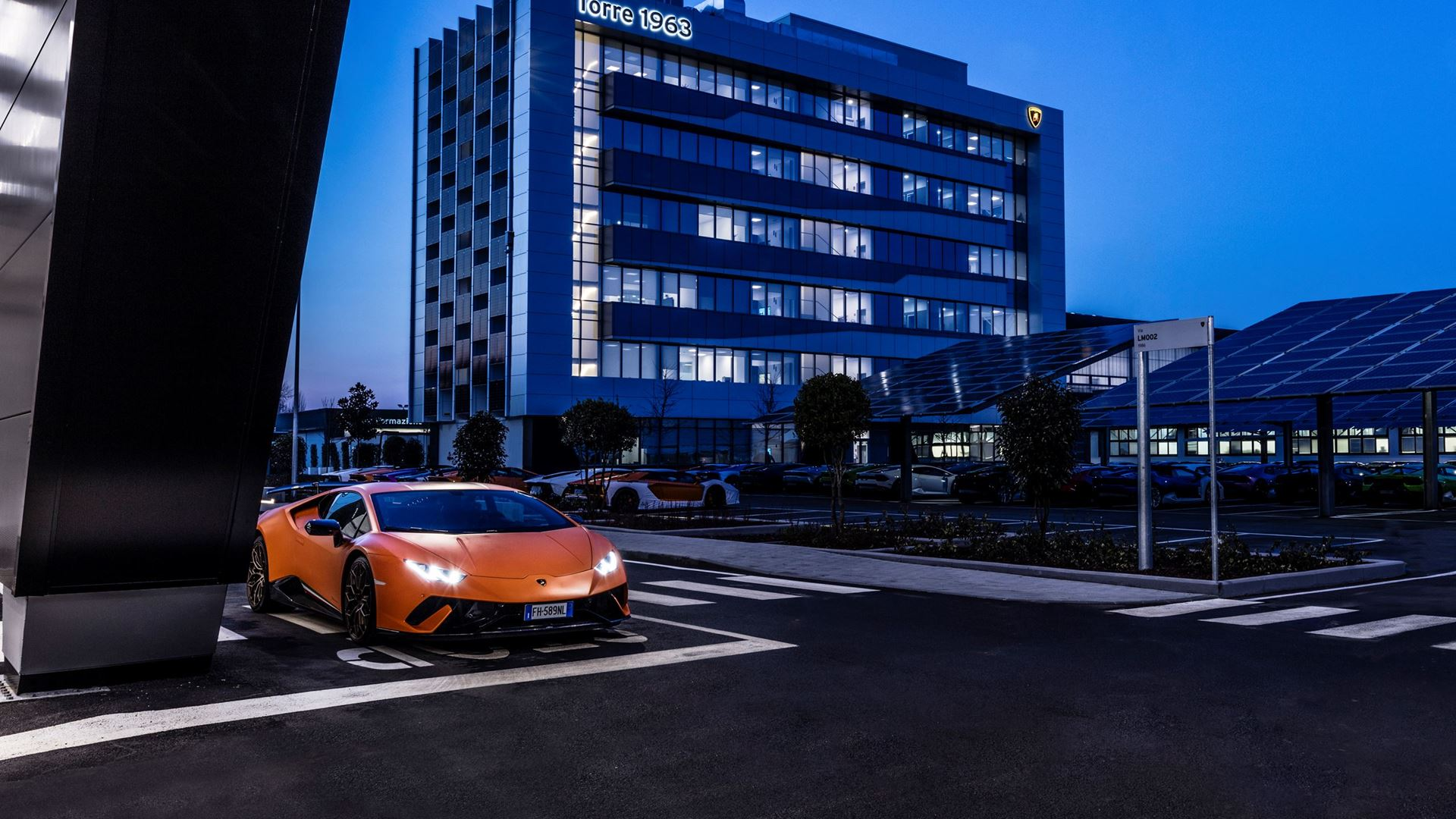 Earth Day: Lamborghini receives the Green Star 2021 award and renews its commitment to environmental sustainability by participating in #Project1Hour - Image 5