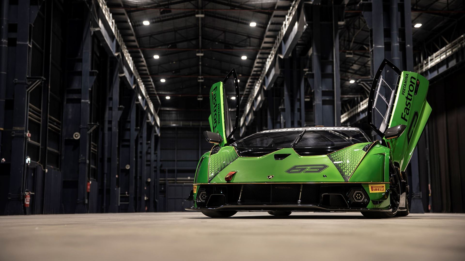 Lamborghini makes its debut in the Asphalt 9: Legends video game with the Essenza SCV12 - Image 2