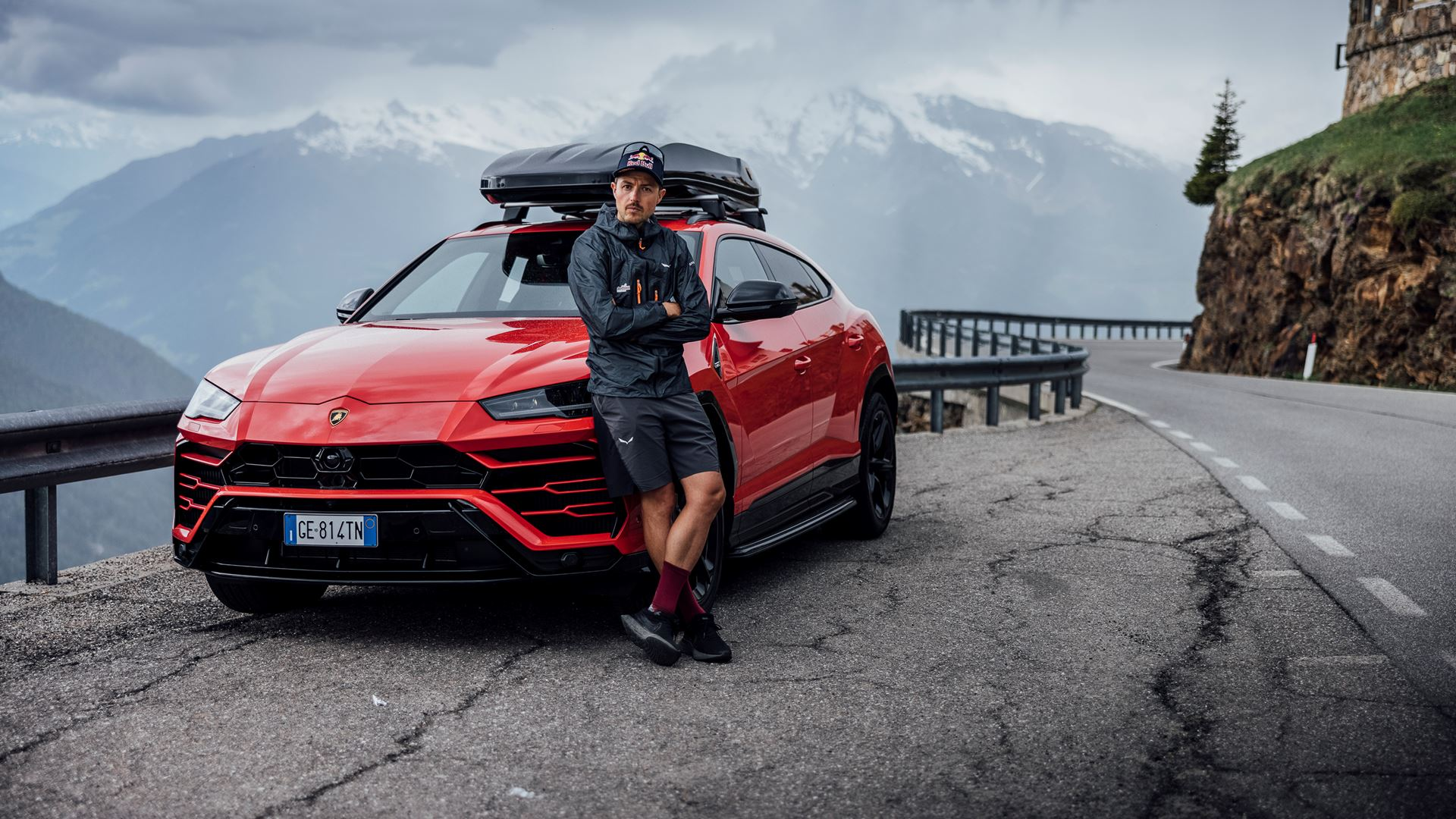 Lamborghini Urus and Aaron Durogati together for an extraordinary feat - Image 6