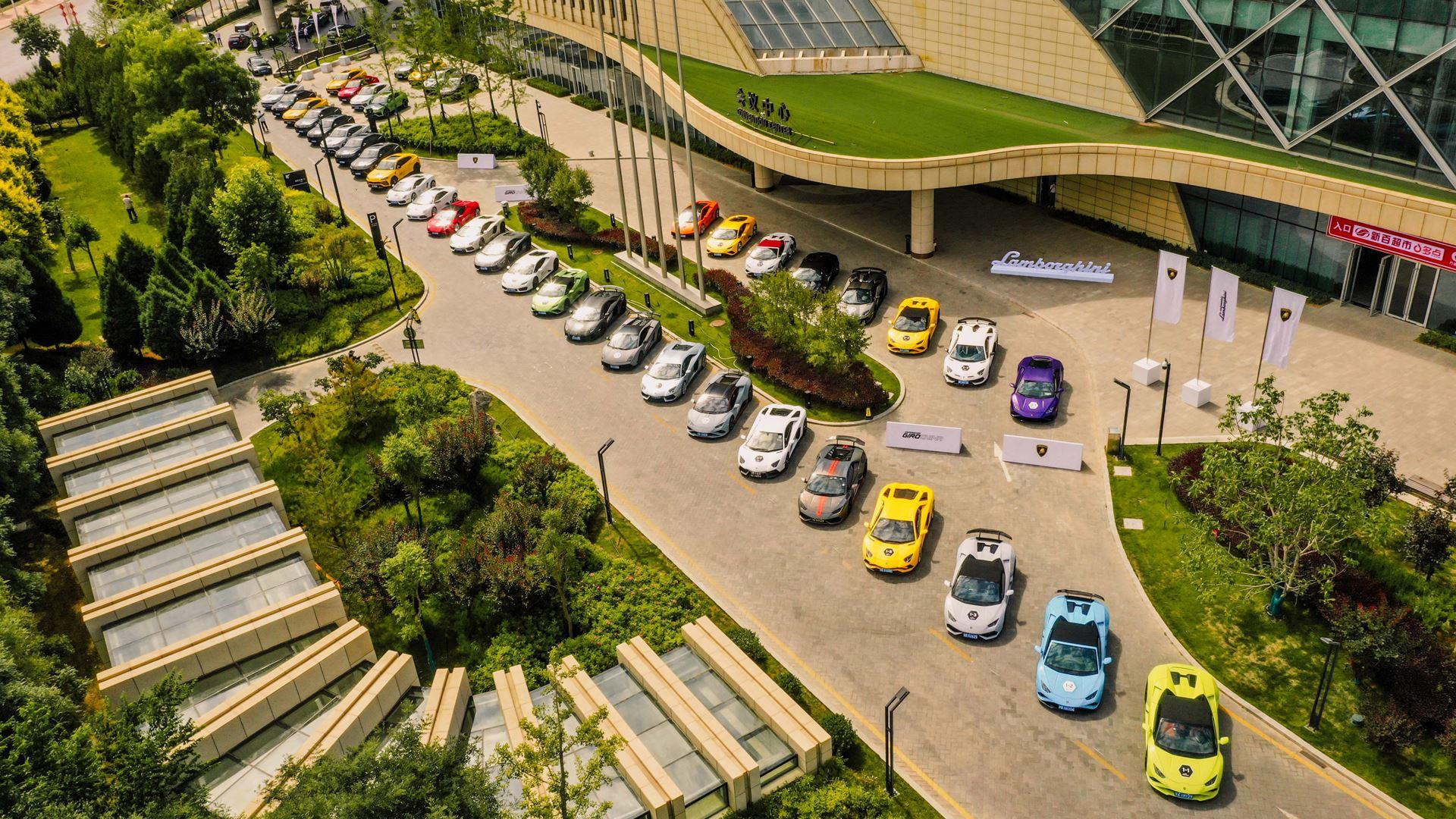 "Lamborghini Esperienza Giro ""Journey into the Vast"" Unparalleled expedition of 42 Lamborghinis through the North West of China - Image 4"