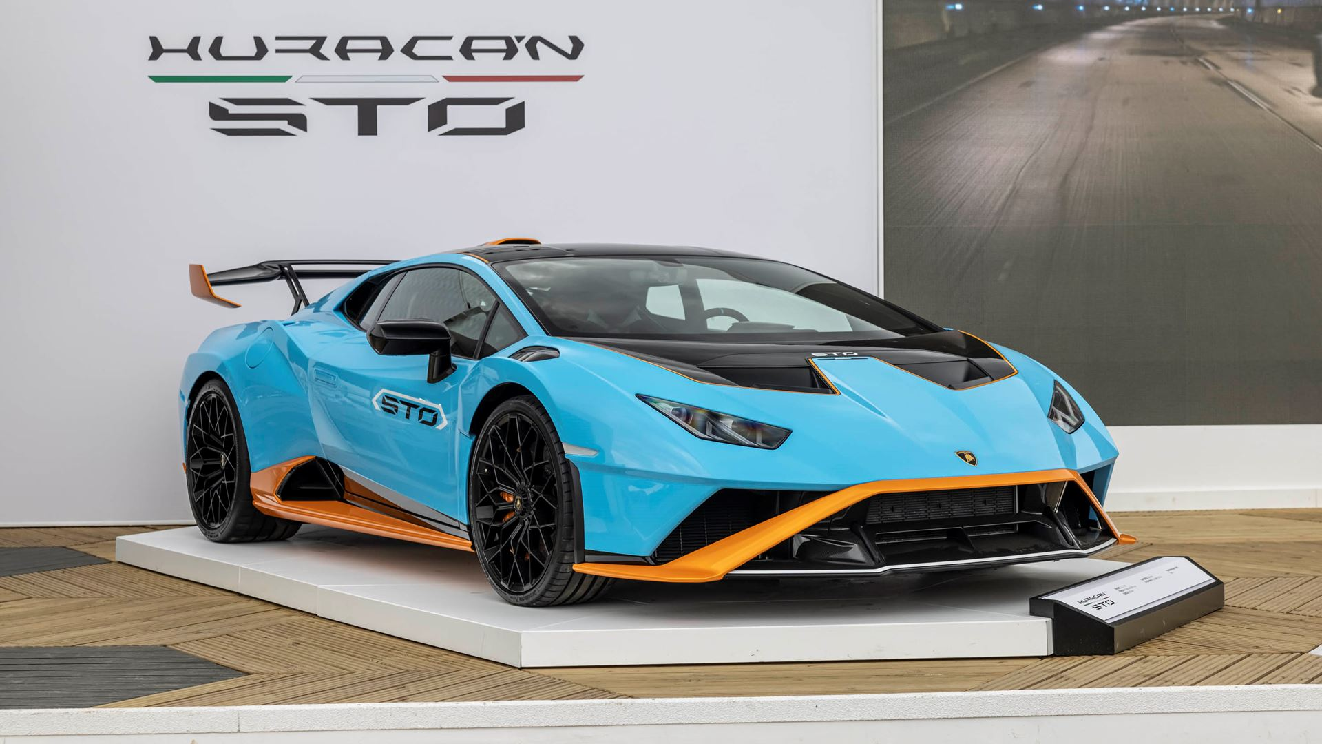 Automobili Lamborghini celebrates V12 and its Squadra Corse motorsport prowess on road and track, at Goodwood Festival of Speed 2021 - Image 7