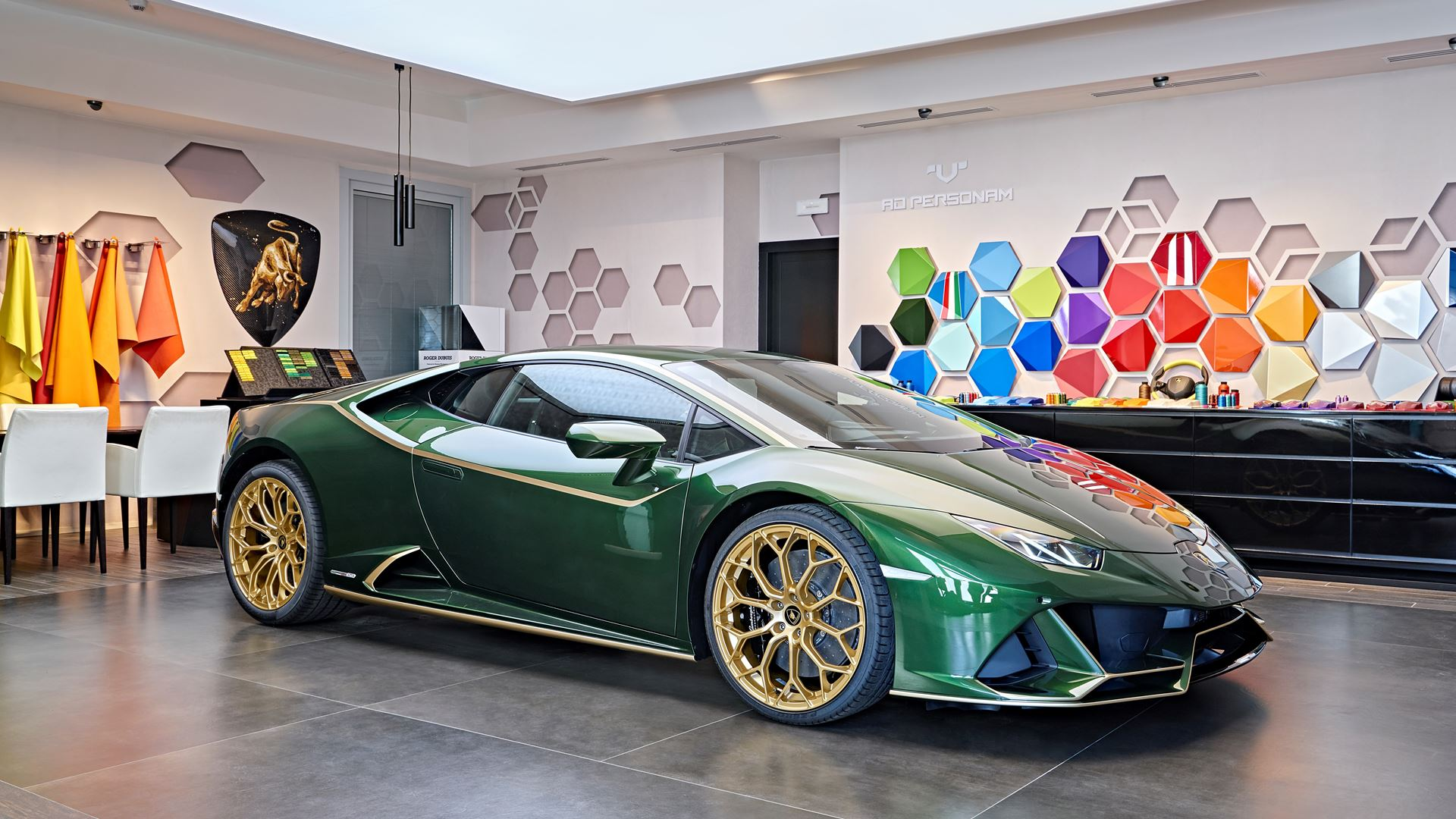 Lamborghini Mexico Commissions Special Edition Models To Commemorate 10 Years in the Region - Image 1