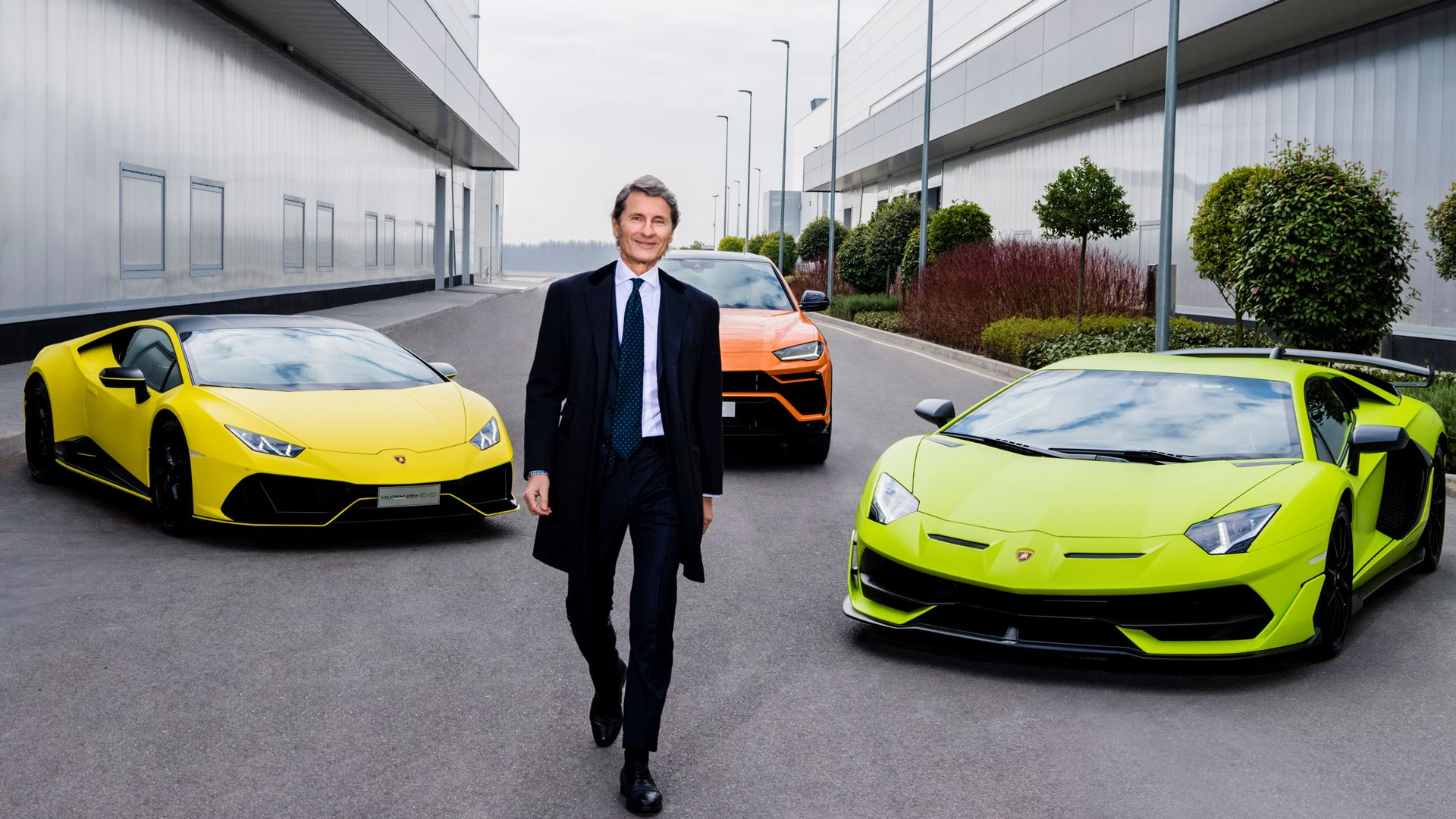 Lamborghini sales: the best half-year ever. Orders taken for the next ten months - Image 6